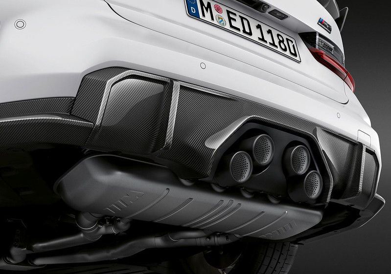 2021-BMW-M3-M4-M-Performance-Parts-11