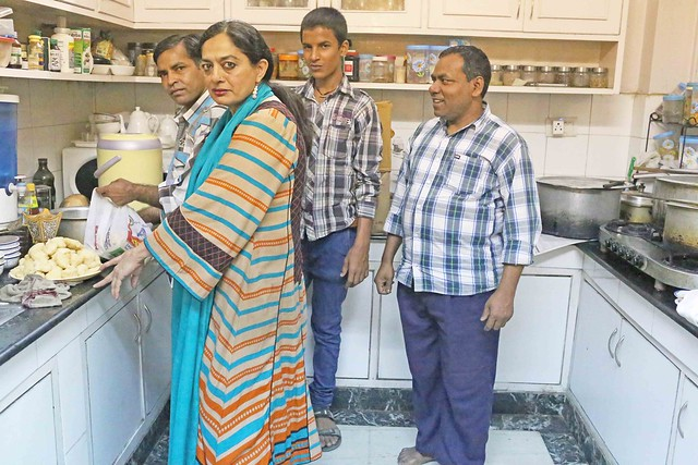 City Food - Late Sadia Dehlvi's Cook is Ready for a New Home