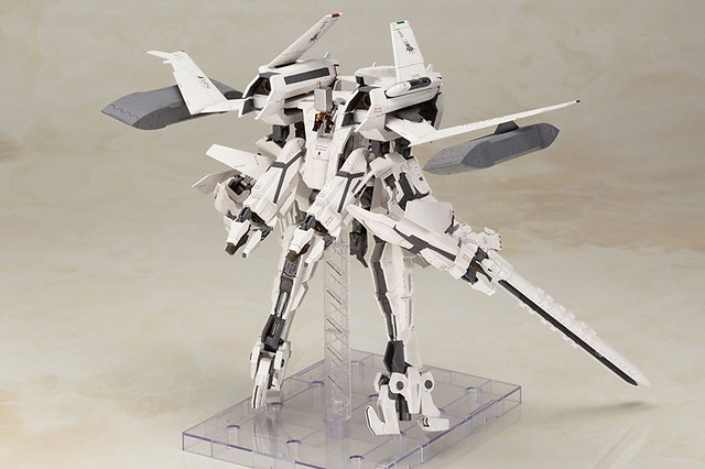 尼爾:自動人形「2B & 飛行裝置 Ho229 Type-B」組裝模型情報釋出!