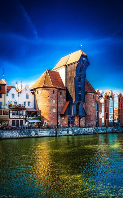 Gdansk's prominent medieval port crane on the Długie Pobrzeże (Long Promenade) along Motława river, Poland.  929-Edit-Edita