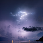 22. September 2020 - 21:23 - Orage du 22 septembre 2020 St-Barthelemy - Shell Beach