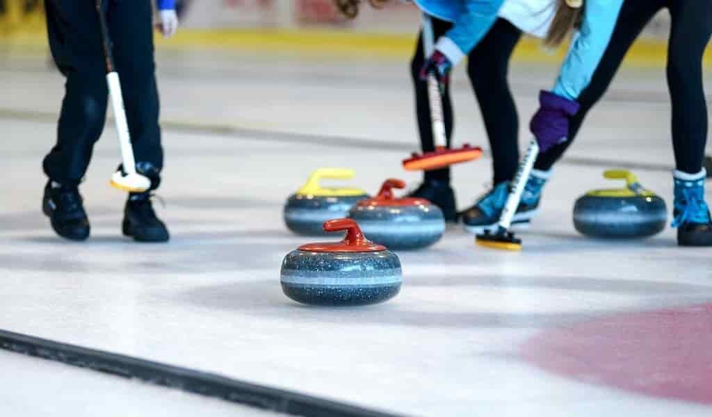 Un robot a battu des athlètes de haut niveau au curling