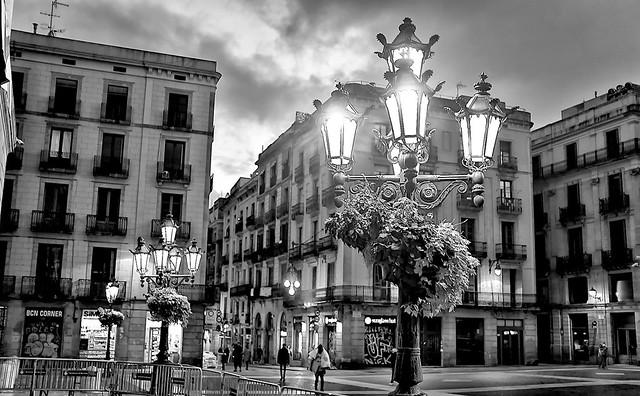 Plaça de Sant Jaume (Acros + G)