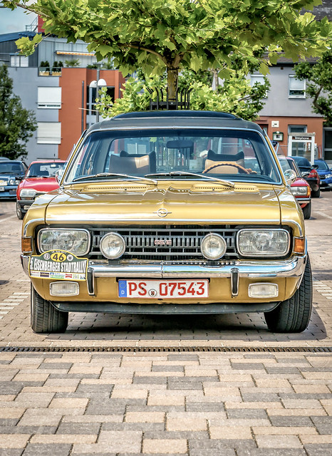 OPEL Commodore A GS/E Limousine 1970-71