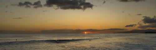 sony a6400 sigma 16mmf14 sunset sea sky surfers ship clouds cplfilter ocean magicisland waikiki honolulu hawaii oahu