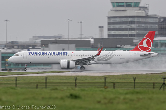 TC-LSR - 2020 build Airbus A321-271NX, arriving on a saturated Runway 23R at Manchester