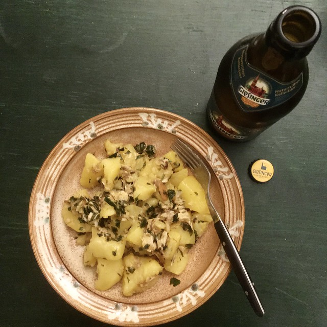 Kartoffeln, Fisch und Bier: Giesinger Bräu Kellerbier