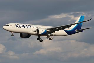 F-WWYU A330-841 230920 TLS (9K-APF cn 1964)1