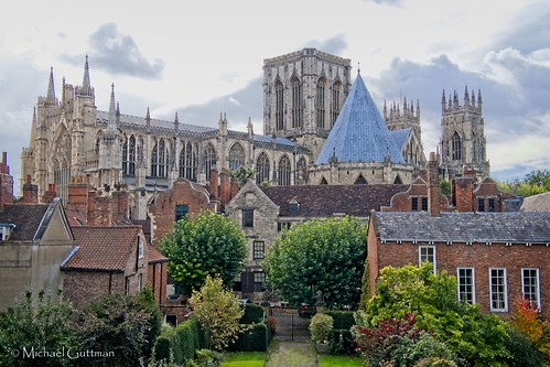 urbancityscape england churchexterior york architecture yorkminster church cathedral gothiccathedral