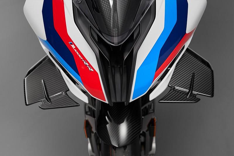 BMW-M-1000-RR-11