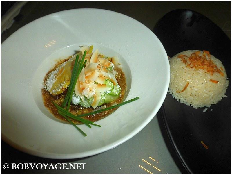 קערת ראנדאנג עם אורז לבן ב- pop & pope