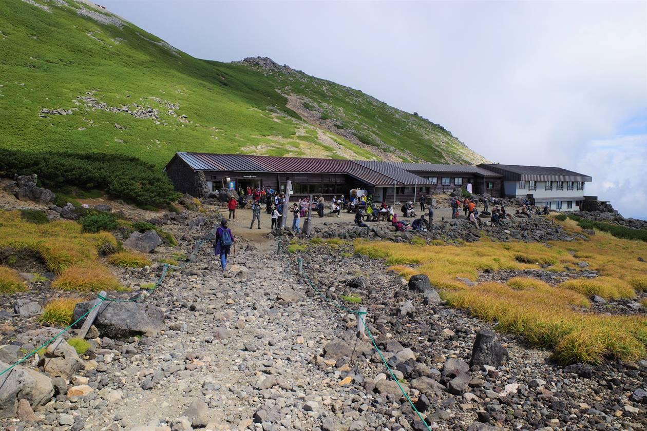 乗鞍岳・肩の小屋