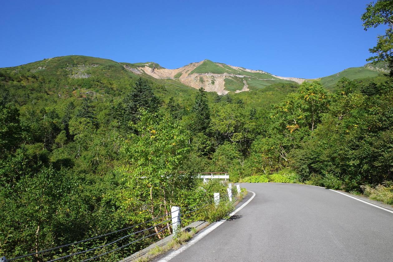 位ヶ原山荘から眺める乗鞍岳