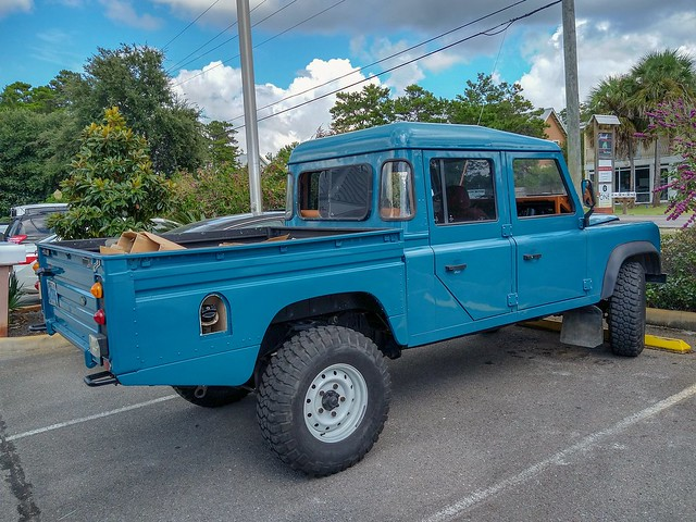 Land Rover Defender 130 double cab