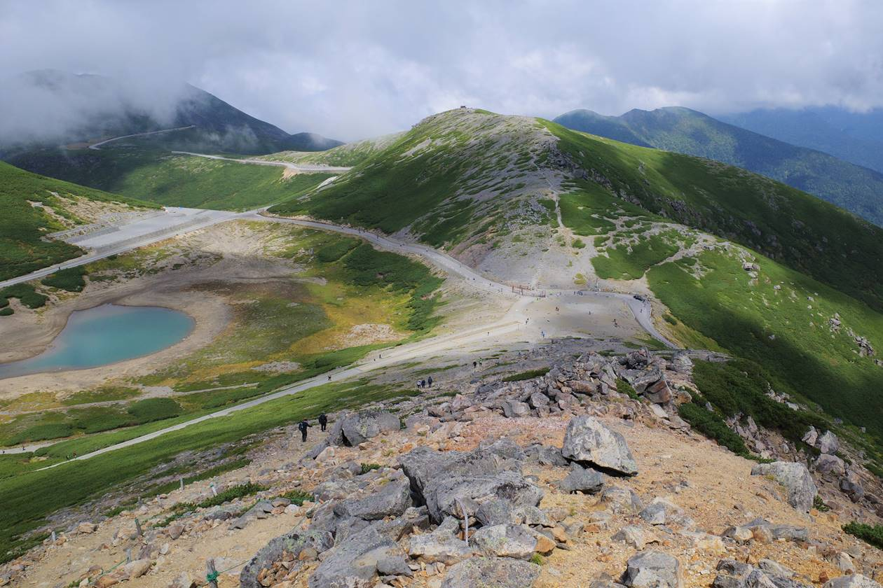 乗鞍岳・富士見岳から見下ろす大黒岳