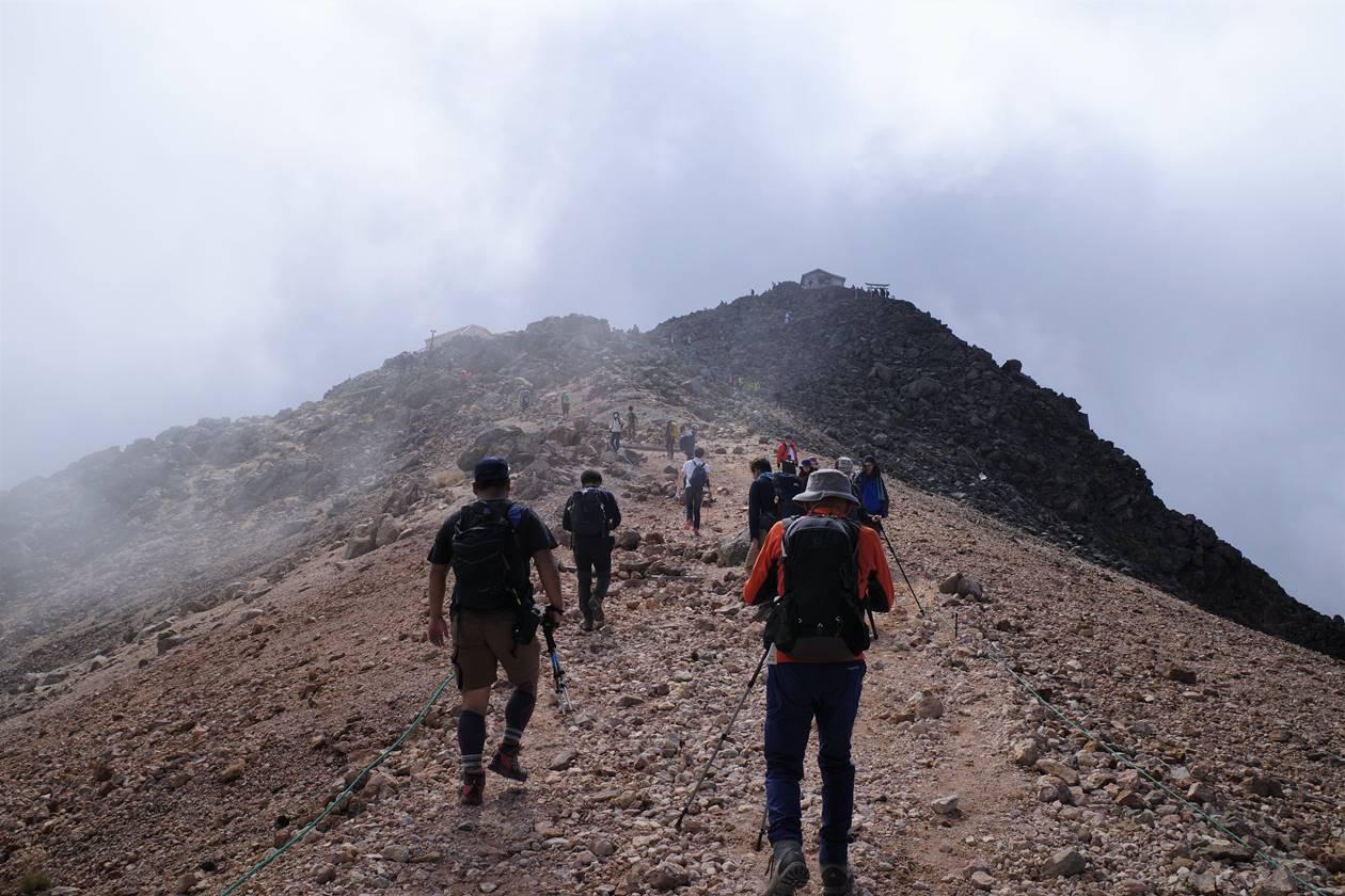 夏の終わりの乗鞍岳登山