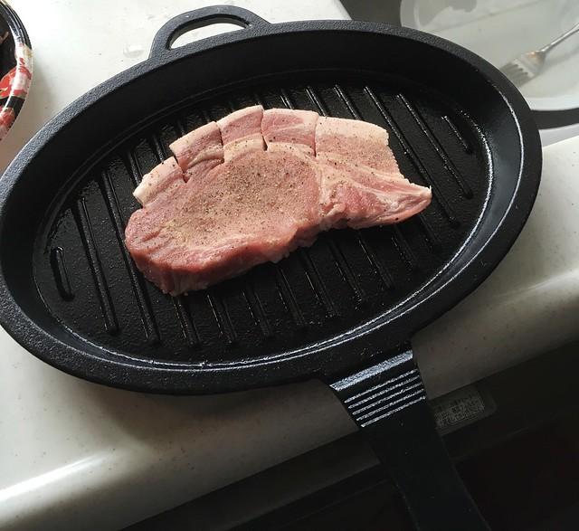 豚ステーキを焼いてみる