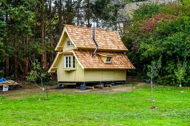 Märchenhaus neben dem Wald DSC06053