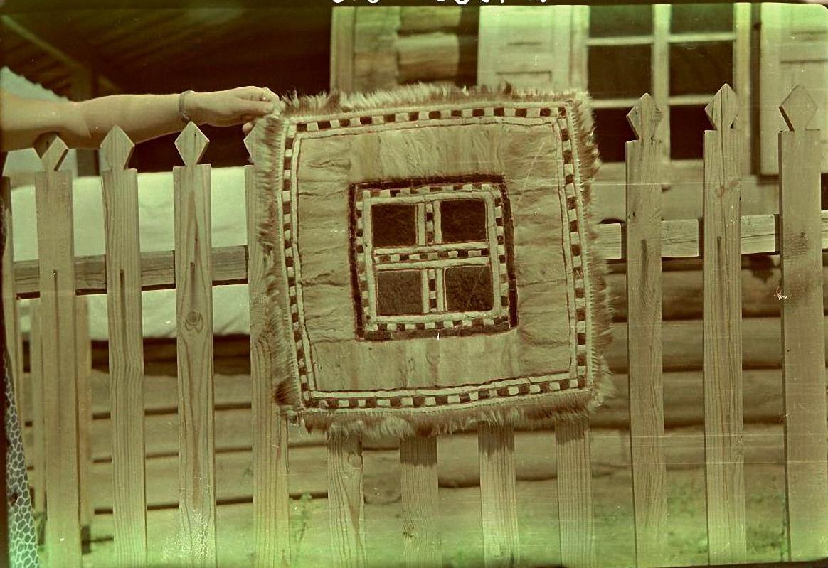 Меховой коврик. Баргузинский р-он, с. Уро