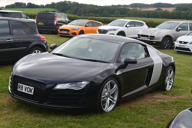 Audi R8 4.2 FSI V8 quattro