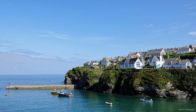 Port Isaac. Sept 2020. Houses On The Bay