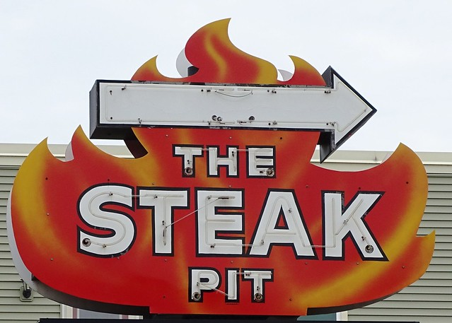 WI, Washburn-WI 13 The Steak Pit Neon Sign