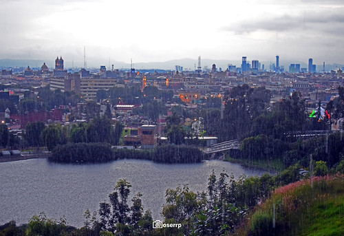 Lago y Skyline