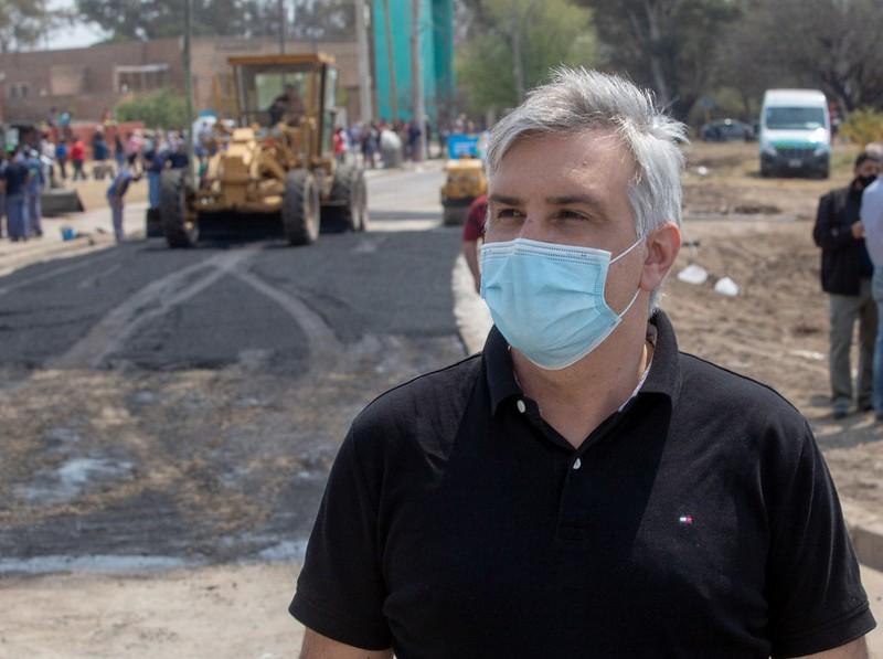 Nuevo pavimento en calle Martín Cartechini (1)
