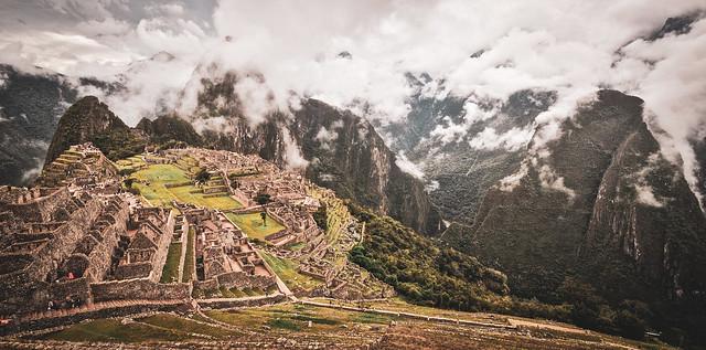 Machu Picchu, Peru  マチュピチュ、ペルー