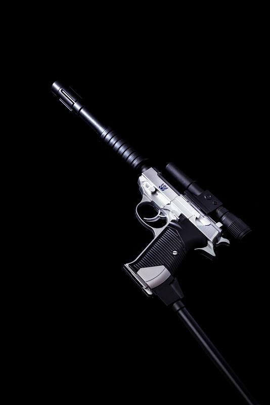 拔槍戰鬥吧!DAIKI 大氣工業《變形金剛》密卡登水槍