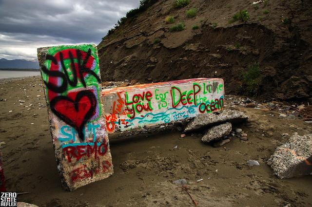 Graffiti_Art_Beach Love_Alaska_Point Woronzof_Positive