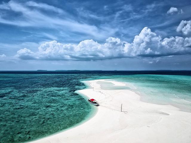 Ohoiew island