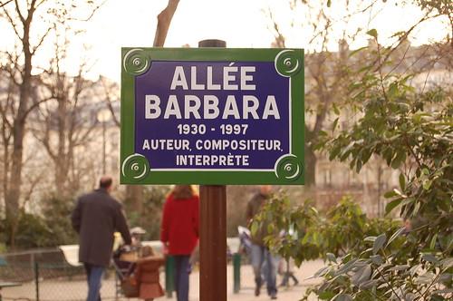 Pasear por la Avenida Barbara con Spotify es redescubrir L' Aigle Noir