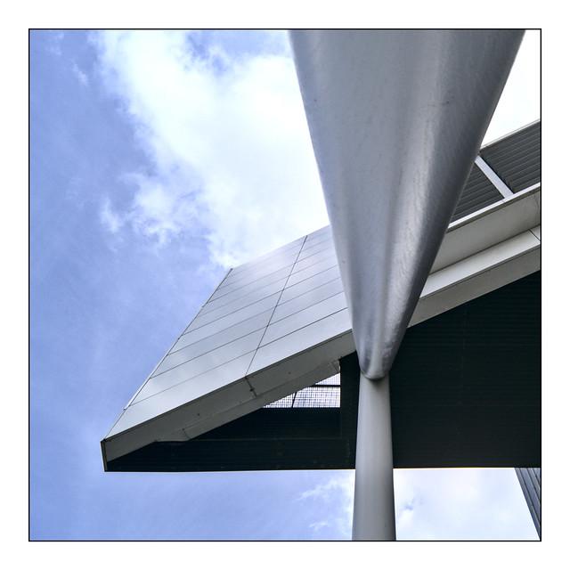Deloit building Wilhelminaplein, Rotterdam color