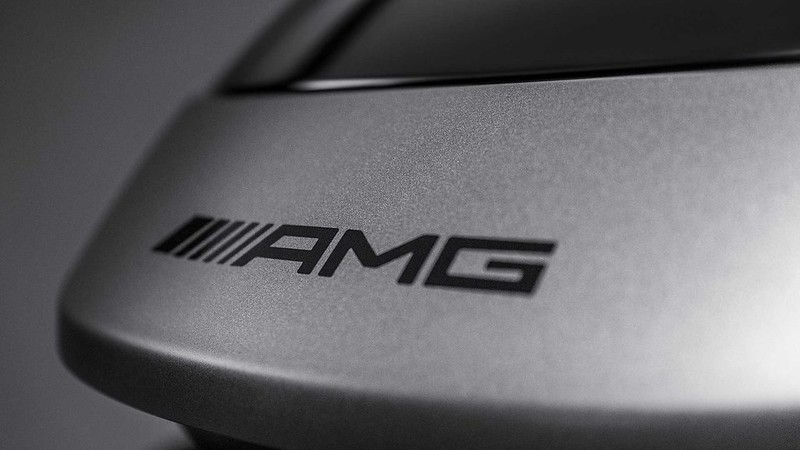 mercedes-amg-roof-box (5)