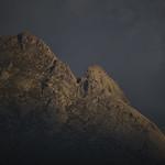 24. September 2020 - 19:56 - Los últimos rayos de sol iluminan la Albujea y el Torozo.