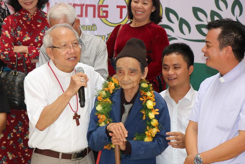 T. Duong (87)