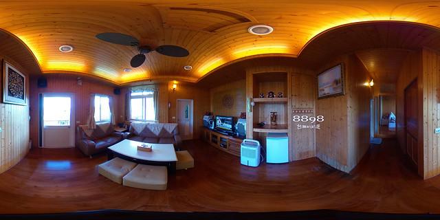 10夢幻獨棟景觀木屋8人套房-客廳