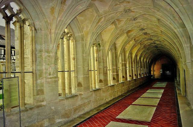 GERMANY, Zisterzienserkloster Bebenhausen - spätgotischer Kreuzgang  -  12987