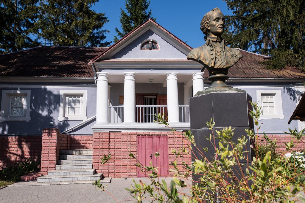 Музей Суворова        (с. Тиманівка)