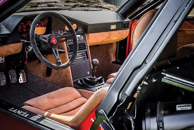 1985-Lancia-Delta-S4-Stradale-_3