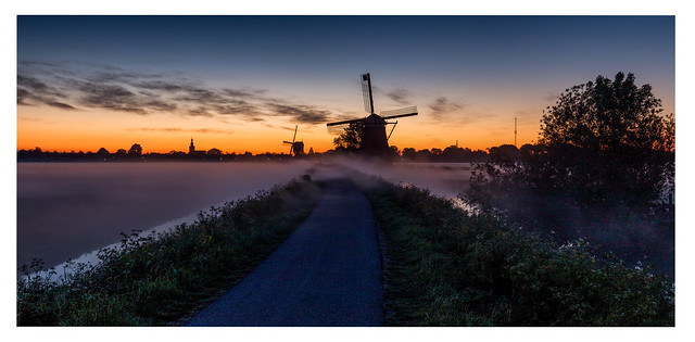 Streefkerk in sunrise