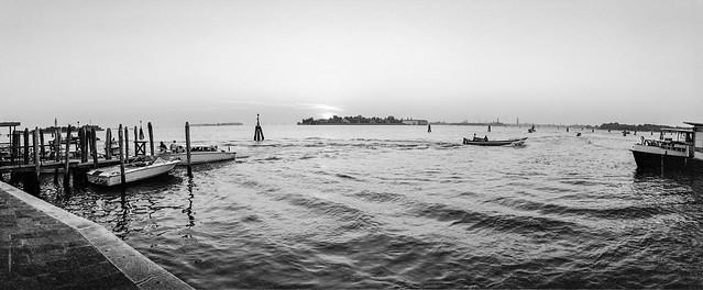 abends an der Riva degli Schiavoni, Venedig 1999