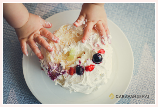 1歳のお誕生日ケーキ 手づかみでいっちゃいます!