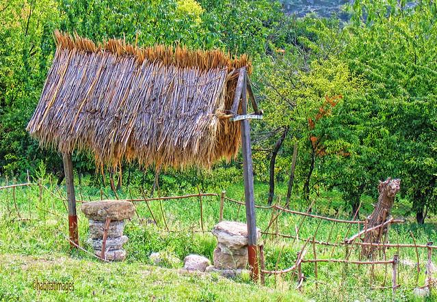 Moldovan Wayside fence