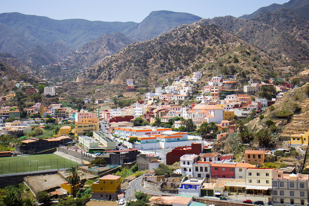 Pueblo de Vallhermoso en La Gomera