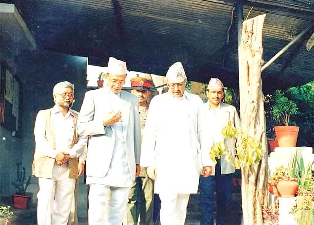 Madan Ba (left) Roop Jyoti, King Birendra and his ADC in Dhamma Sringha AD 2001