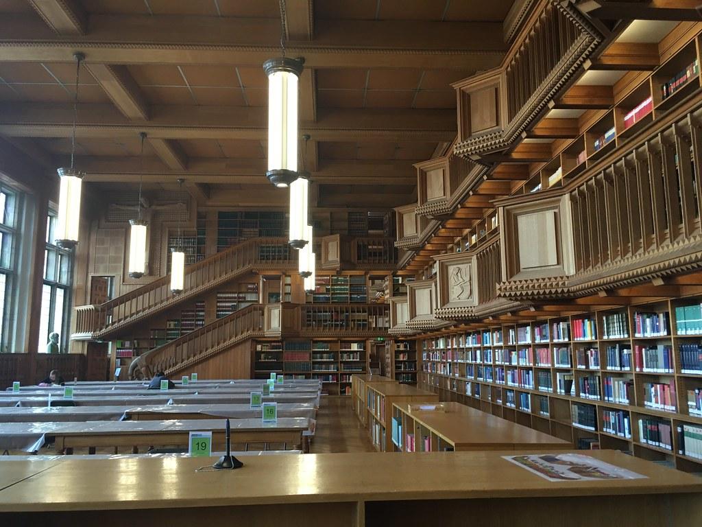 Biblioteca Universitaria en Lovaina 1