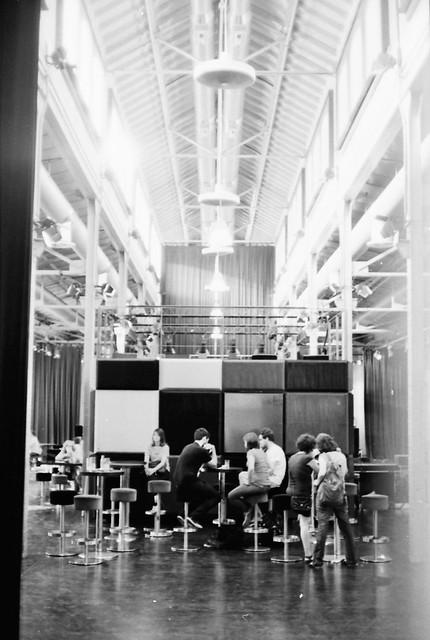 De Cafés en el Matadero - Kodak Retina Reflex III
