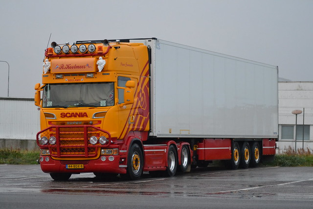 Scania R 560 V8 - R. Koolmees - NL  44-BDX-8 - Ex VSB Groep Trucks & Trailers Druten